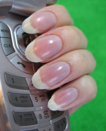 Обучение наращиванию и дизайну ногтей