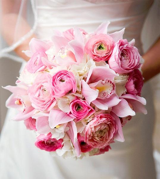 Искусство флористики: свадебный букет пионы » admin