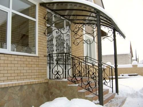 дизайн крыльца к частному дому фото