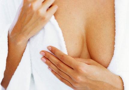 Увеличение груди с помощью пластической операции