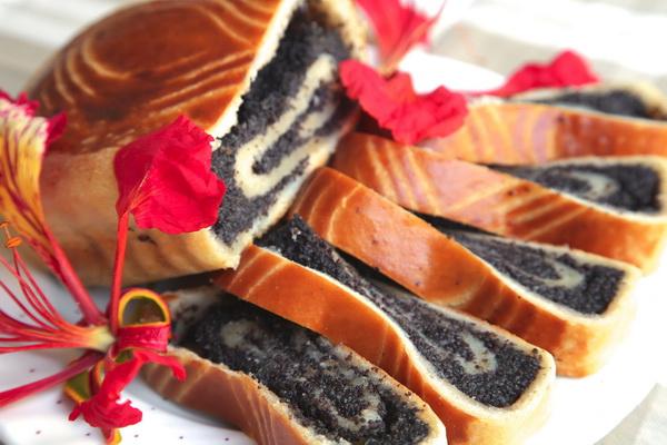Самый вкусный и быстрый десерт – выпечка с маком